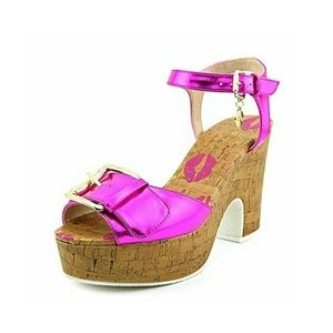 NWOT Juicy Couture Cork Pink Sandals Size 7.5